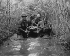 us_soldiers_vietnamese_war