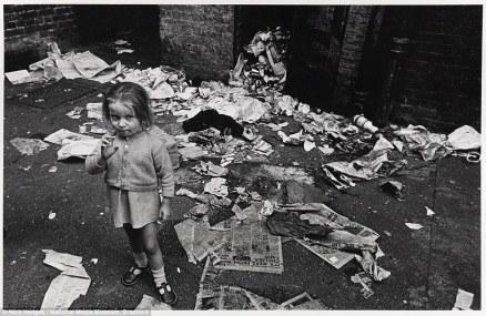 1412245875496_wps_5_E1_London_August_1969_C_N