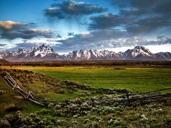Grand Tetons at sunrise, Grand Tetons National Park, Wyoming